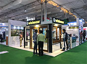 Winhouse attended the last fair of 2017 in India.